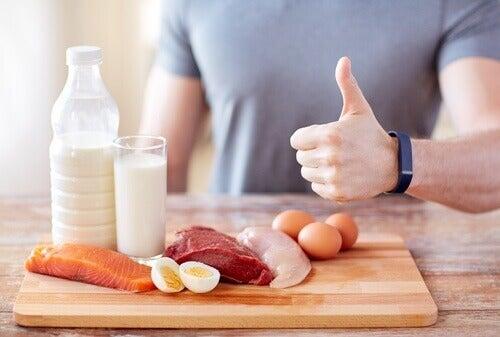 Zeven tekenen dat je niet genoeg eiwitten binnenkrijgt