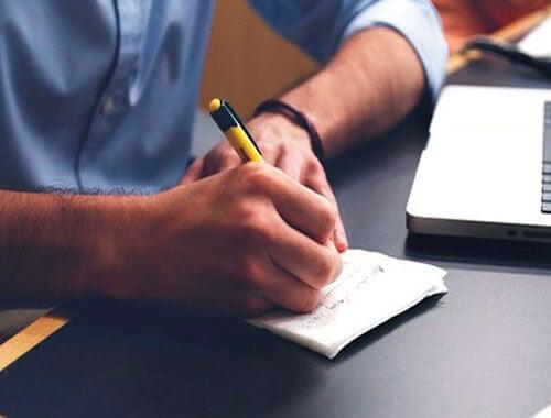 Tips om je geheugen te verbeteren informatie noteren