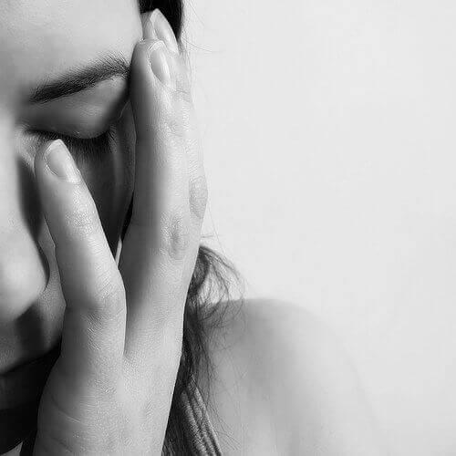 Vrouw Wil Bronchitis Behandelen Op Natuurlijke Wijze