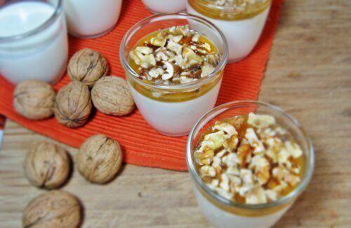 Yoghurt met walnoten en tarwekiemen