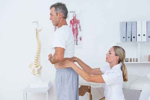 Tien effectieve manieren om rugpijn tegen te gaan