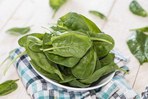 Het is geweldig voor je geheugen om elke dag spinazie te eten