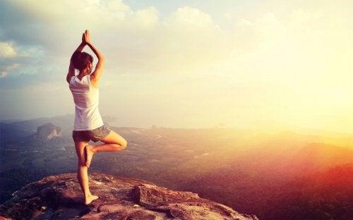 Yoga als behandeling voor huidtintelingen