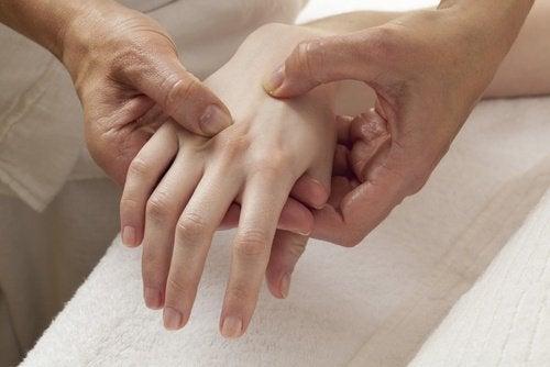 Verlies van botdichtheid bij vroegtijdige menopauze