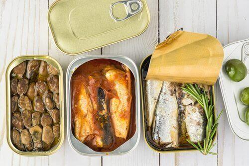 Ingeblikt voedsel valt onder de voedingsmiddelen met de meeste gifstoffen