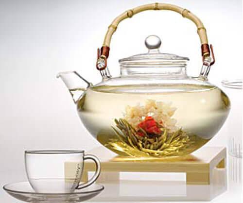 Witte thee is een van de beste drankjes om vet te verbranden