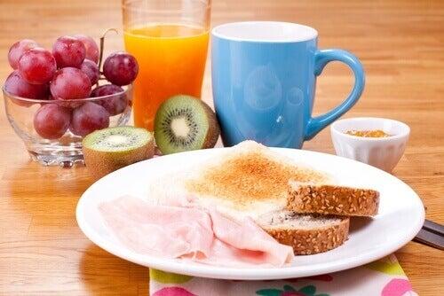 De gezondheid van je hersenen wordt aangetast door je ontbijt over te slaan