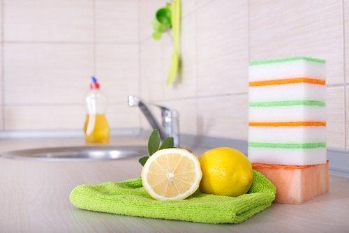 Citroen gebruiken als desinfectiemiddel