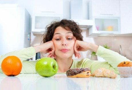 Na je vijftigste in vorm blijven door gezonde voeding te eten