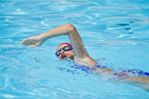 Na je vijftigste in vorm blijven door te zwemmen