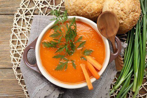 De ziekte van Crohn bestrijden met wortel