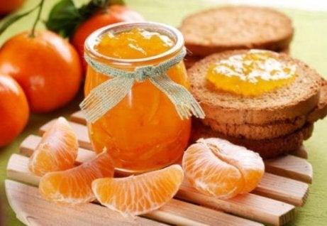 Hoe kan ik thuis mandarijnjam maken