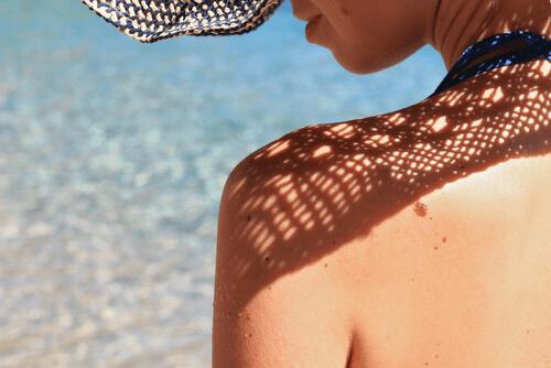 Slappe borsten door zonnestralen