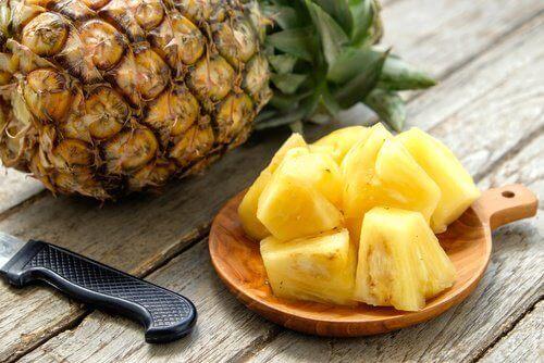 Ook ananas is een van die ontstekingsremmende voedingsmiddelen