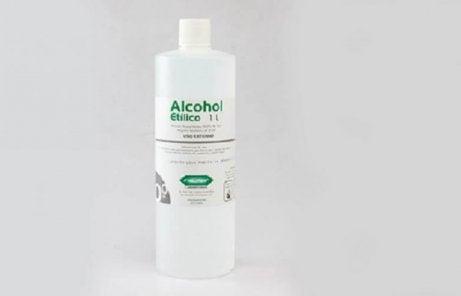 De positieve effecten van alcohol op kalknagels