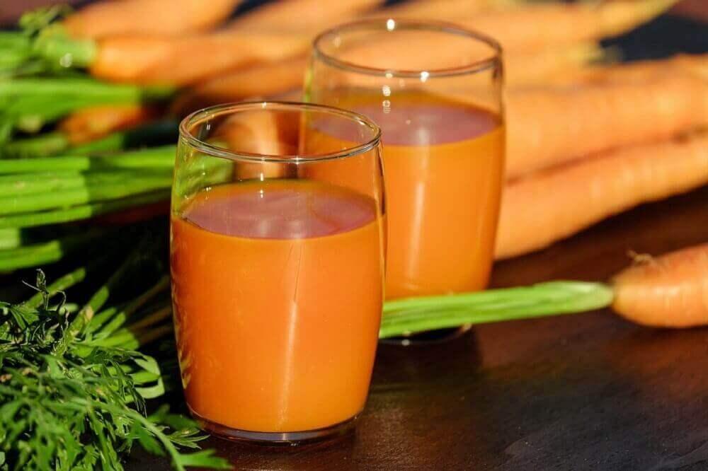 Een sap van ui, knoflook en wortel