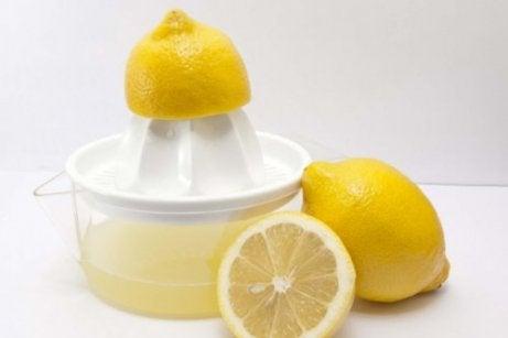 Hoge bloeddruk behandelen met citroensap