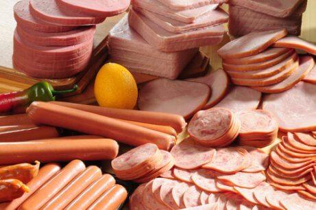 Omgaan met een overactieve blaas: vermijd bepaalde voedingsmiddelen
