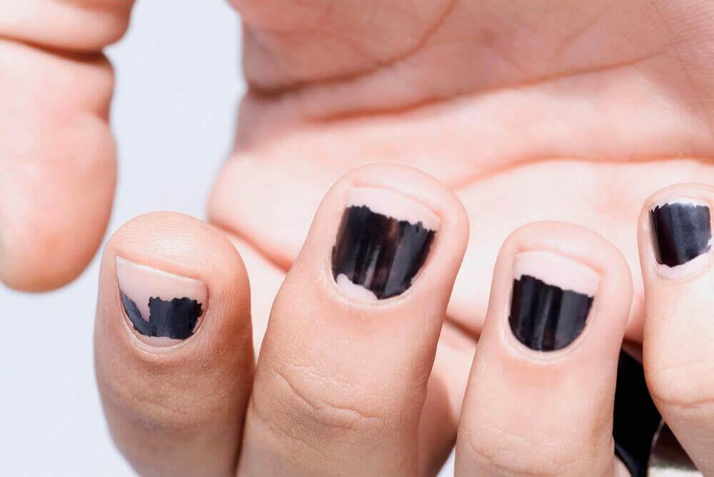 Afgebladderde nagellak