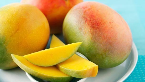 Mango voor in een gezonde salade