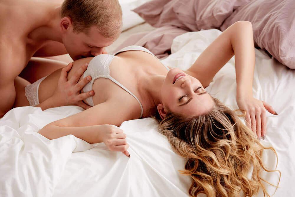 Hoe help je haar om een orgasme te bereiken?