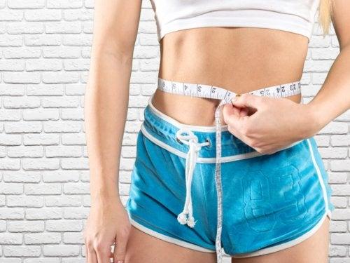 5 effectieve oefeningen voor sterke buikspieren