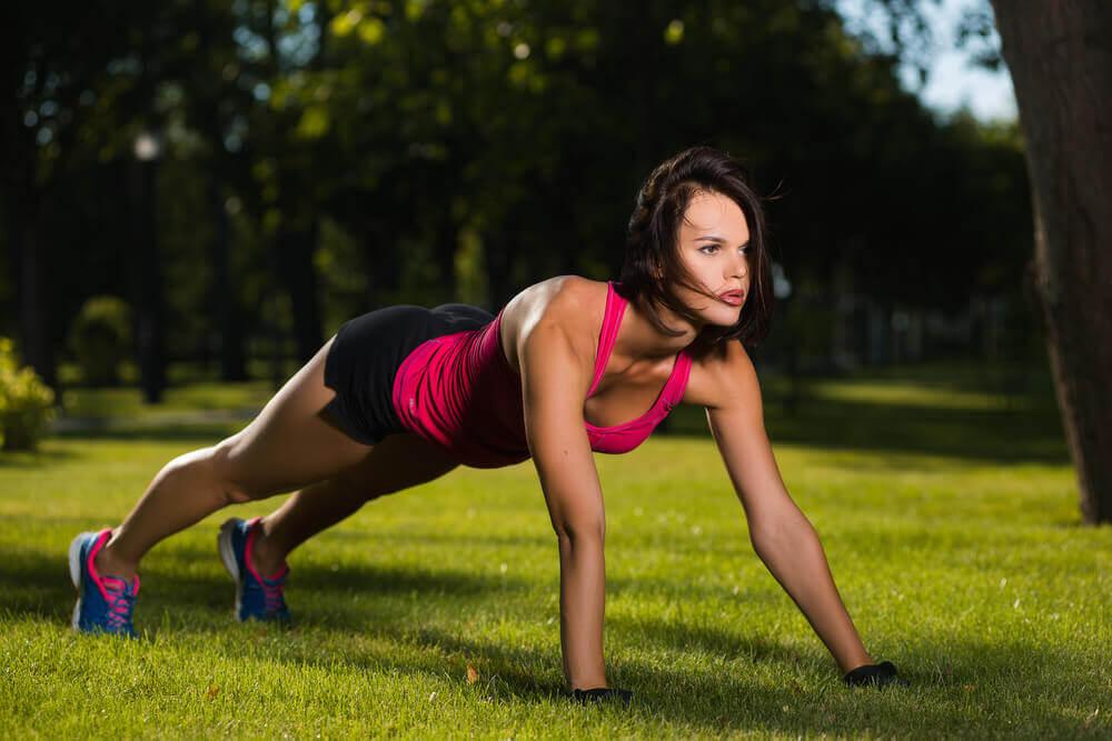 Oefenreeks van vijftien minuten push ups