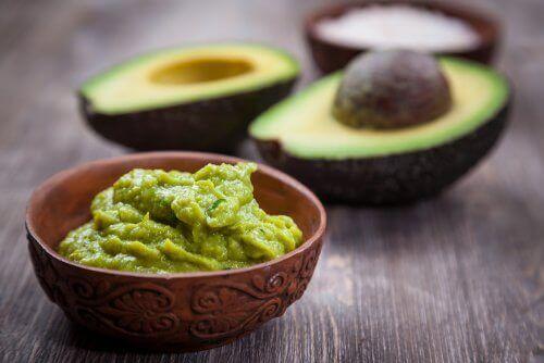 Vruchten beperken avocado's en bessen