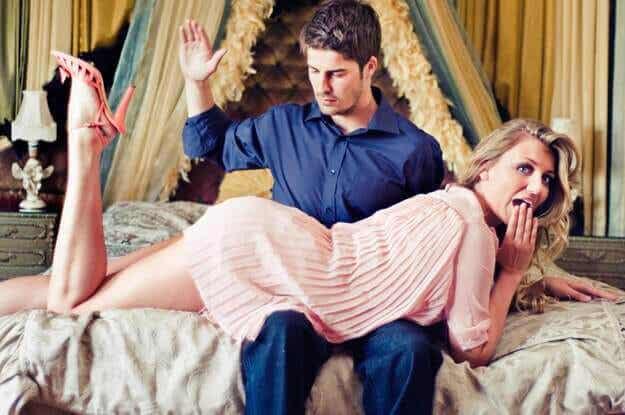Wat is erotische billenkoek, oftewel spanking?