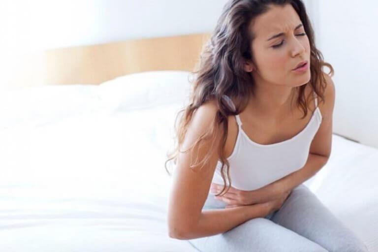 Oorzaken van rugpijn bijvoorbeeld maagproblemen