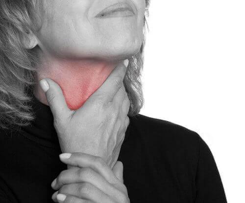 Eerste tekenen van kanker, langdurige keelpijn