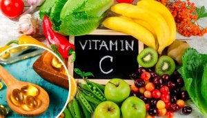 Vitamine C als natuurlijke zelfgemaakte remedie.
