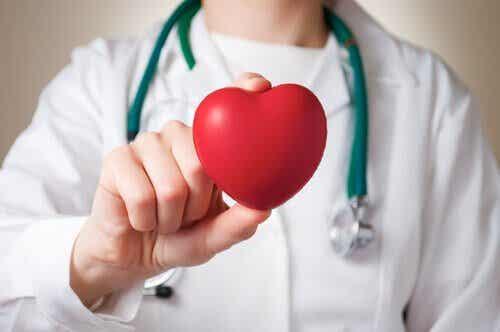 Ervaren mannen en vrouwen een hartinfarct anders?