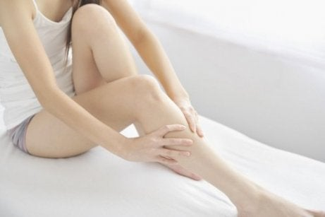 Geluiden die het lichaam in de benen maakt