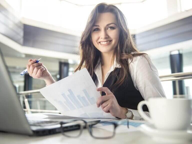 Gezonde methode voor gewichtsverlies: een verhoogd bureau