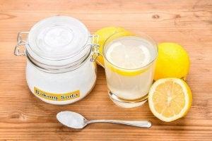 Baking soda en citroen