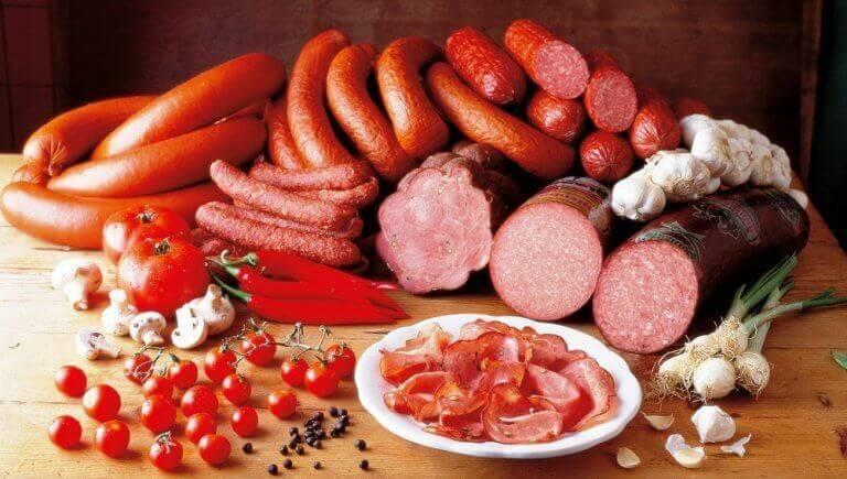Voeding bij hypothyreoïdie: bewerkt vlees