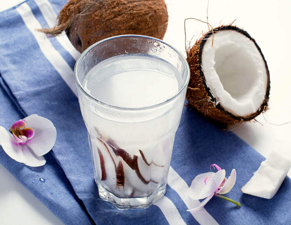 Constipatie behandelen met kokoswater