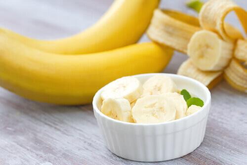 Bananen helpen met het verbranden van buikvet