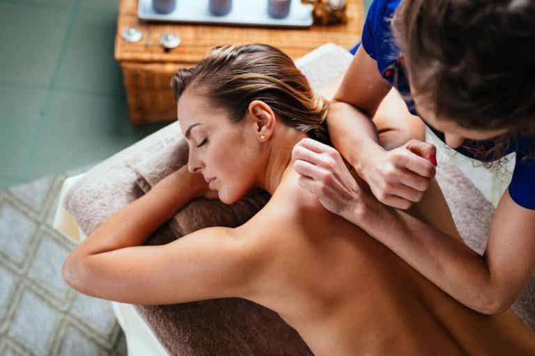 9 drukpunten die je zullen helpen bij pijnverlichting