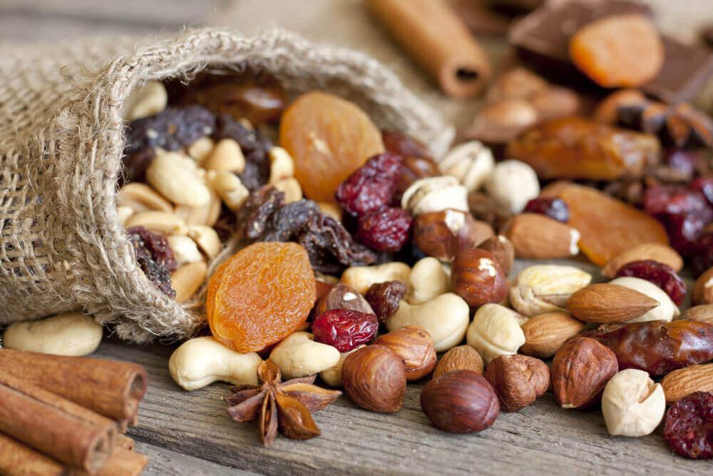 anti-stress voedsel als natuurlijke remedies voor aanhoudende hoofdpijn