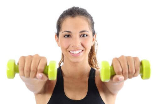 Oefeningen met gewichten om je rugspieren te versterken