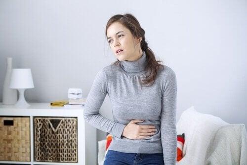 Het eten van geraffineerde bloem kan problemen met de spijsvertering veroorzaken