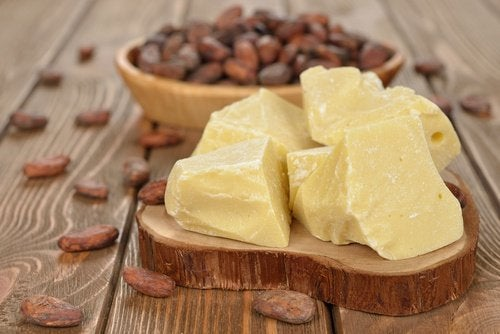 Verminder striae met cacaoboter
