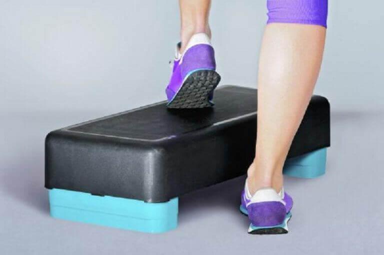 Steppen voor sterkere knieën