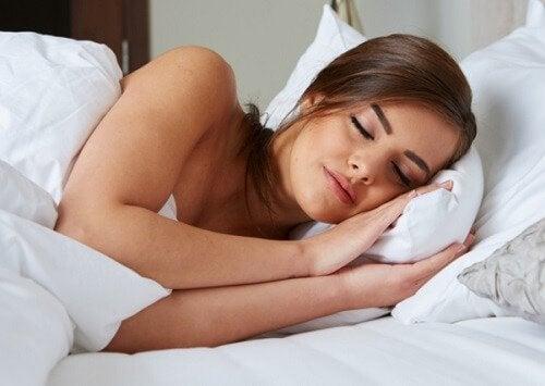 Een zuivere huid door voldoende te slapen