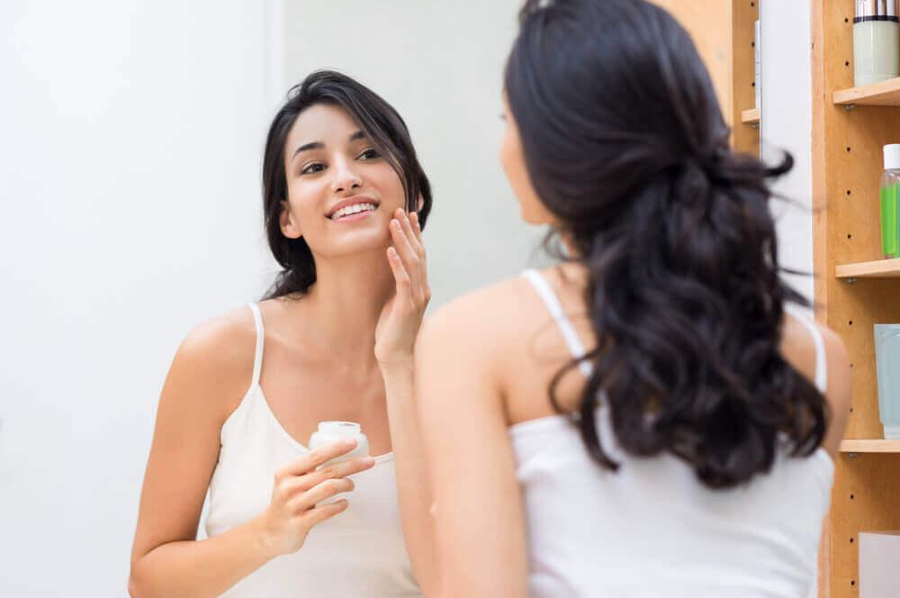 Een goede hydratatie van de huid door 5 tips toe te passen