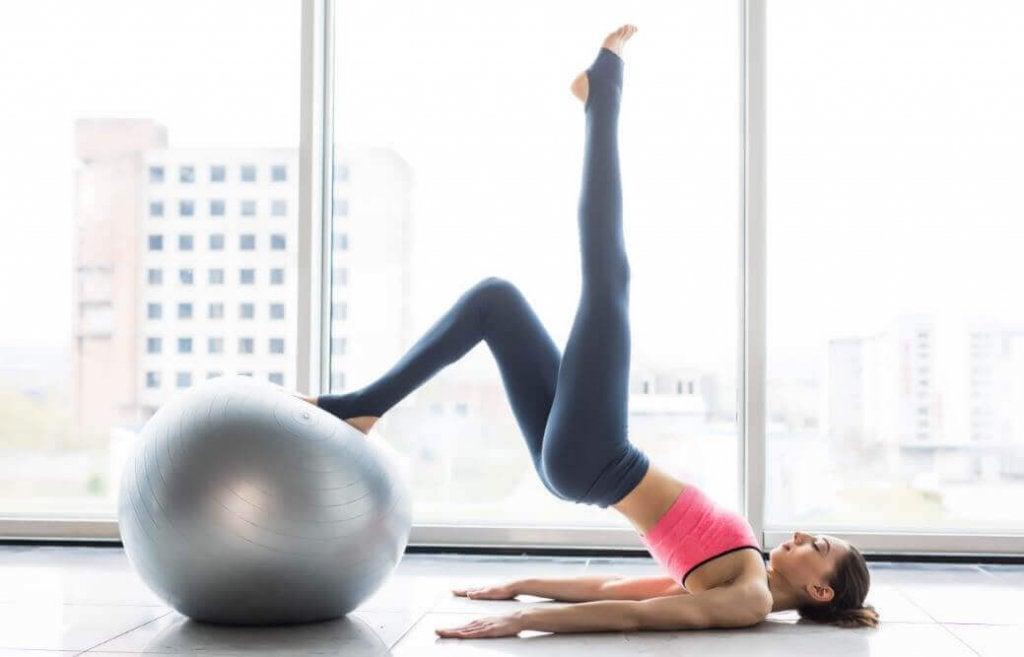 De 6 voordelen van elke week aan pilates doen