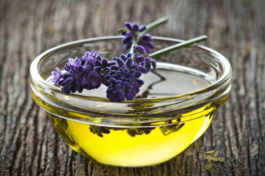Voorkom zwetende oksels met lavendelolie