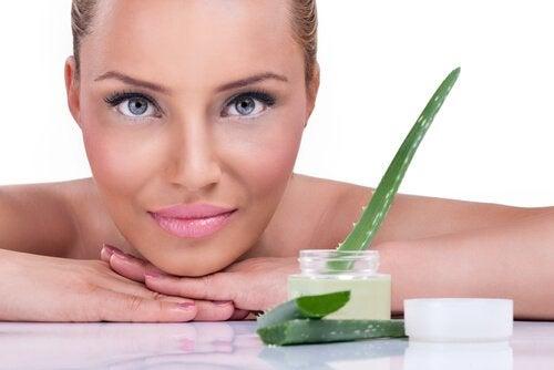 5 voordelen van aloëveragel voor je huid
